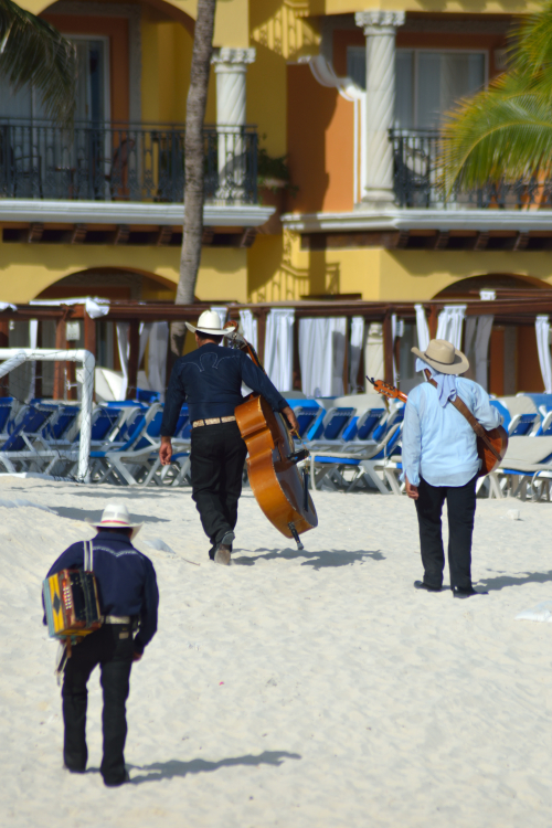 Mariachi - Playa del Carmen, Mexico - August 20, 2014
